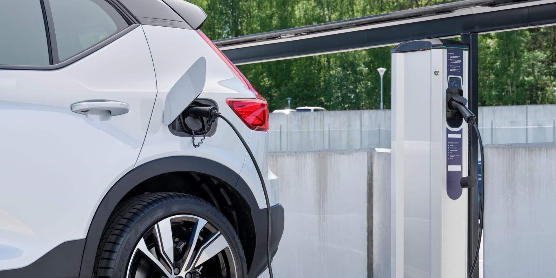 En 25 ans, les rejets de CO2 de nos voitures ont chuté de 42%