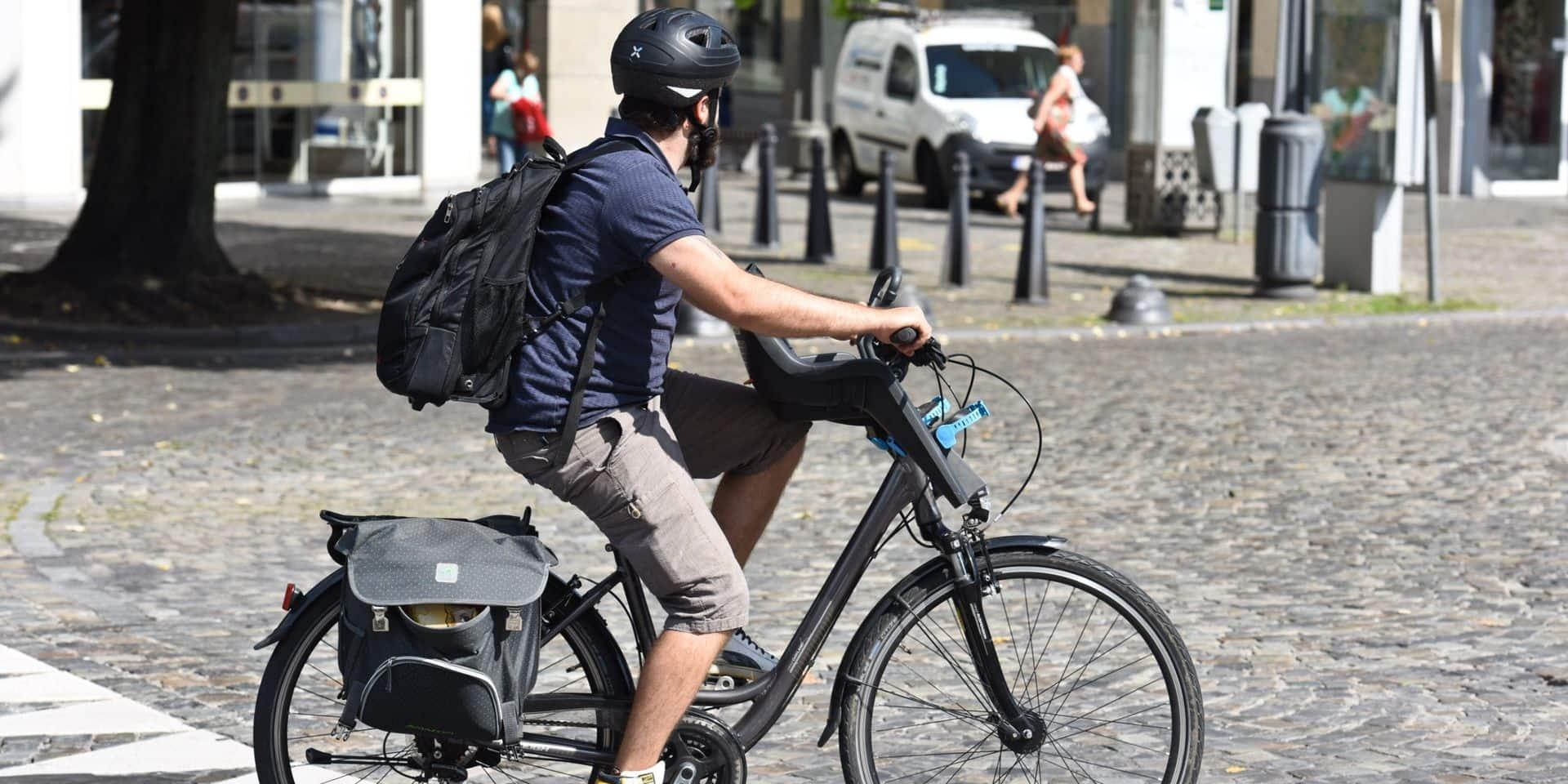 Des Bruxellois mettent un parking pour vélo à disposition de leur quartier