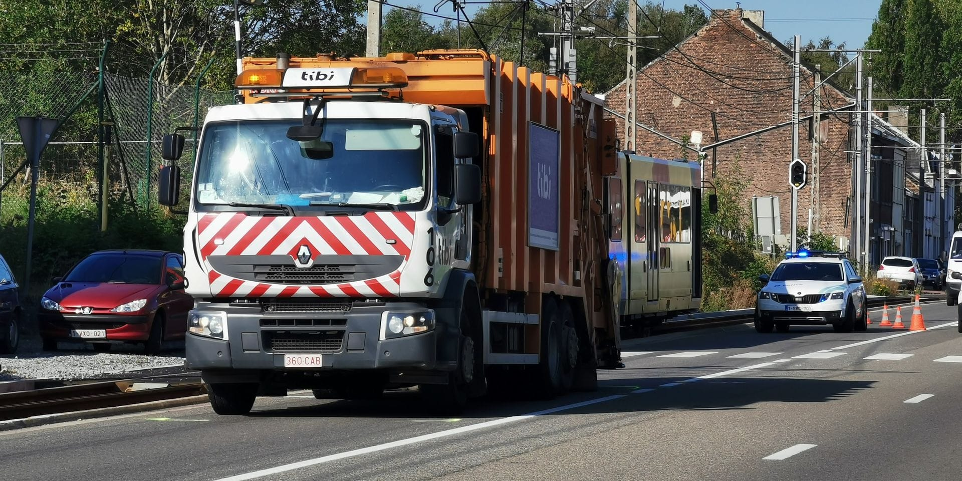 Accident mortel à Anderlues: un éboueur décédé après avoir été heurté par une rame de métro