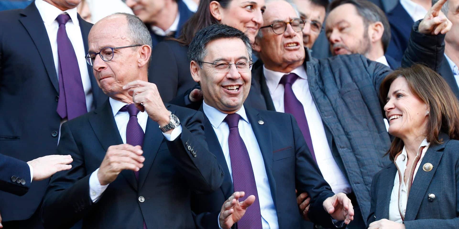 Opération de police au siège du FC Barcelone: l'ancien président Bartomeu arrêté