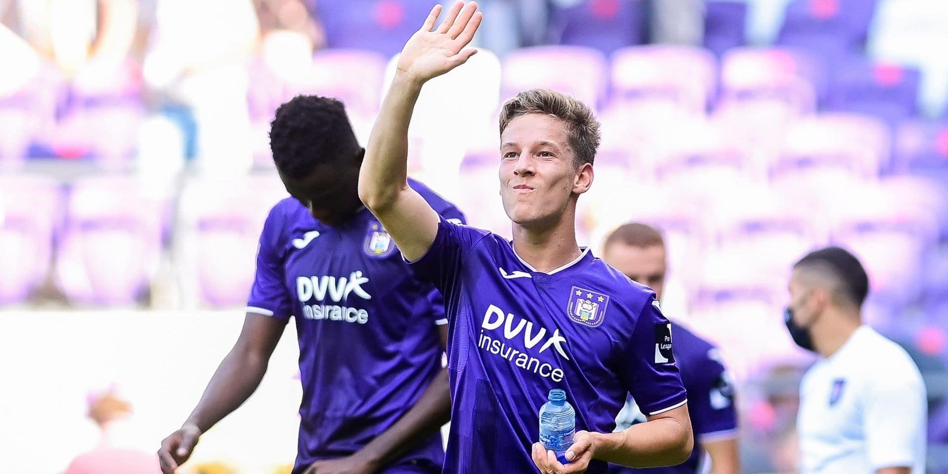 Après avoir marqué ce samedi face à Waasland, Yari Verschaeren a été testé positif au Covid