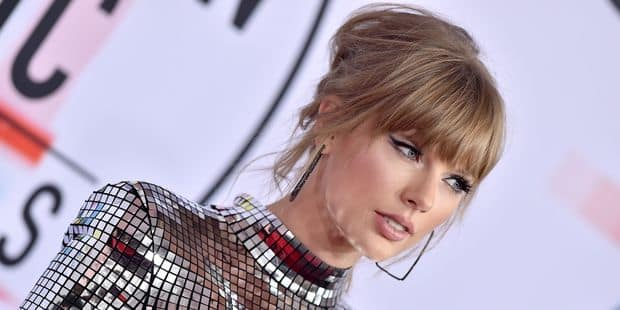 Les looks les plus improbables des American Music Awards - La DH