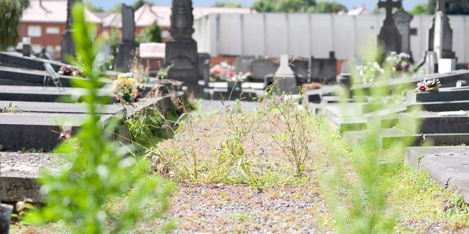 """165 000 euros dégagés pour les cimetières louviérois: Plus&cdH dénonce un """"budget excessif"""""""