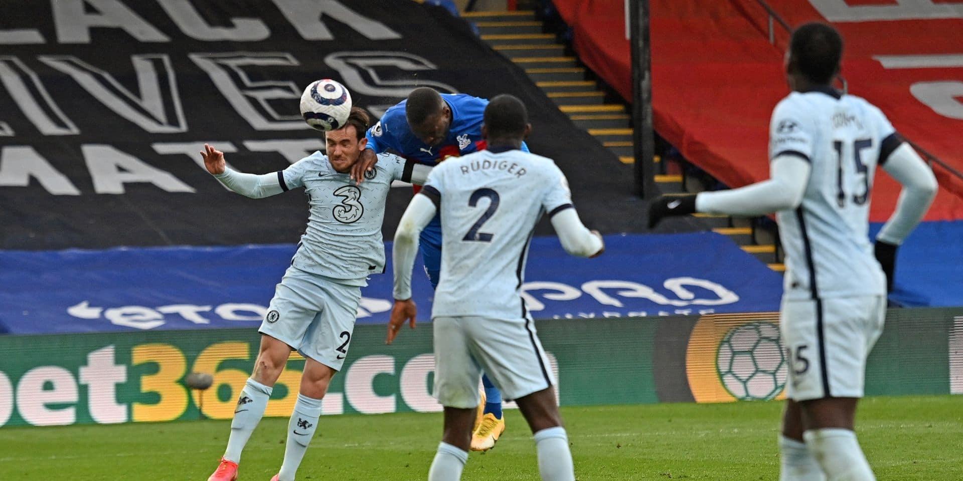 Les Belges à l'étranger: Benteke buteur face à Chelsea; Wolfsburg et Casteels perdent le choc à Francfort (VIDEO)