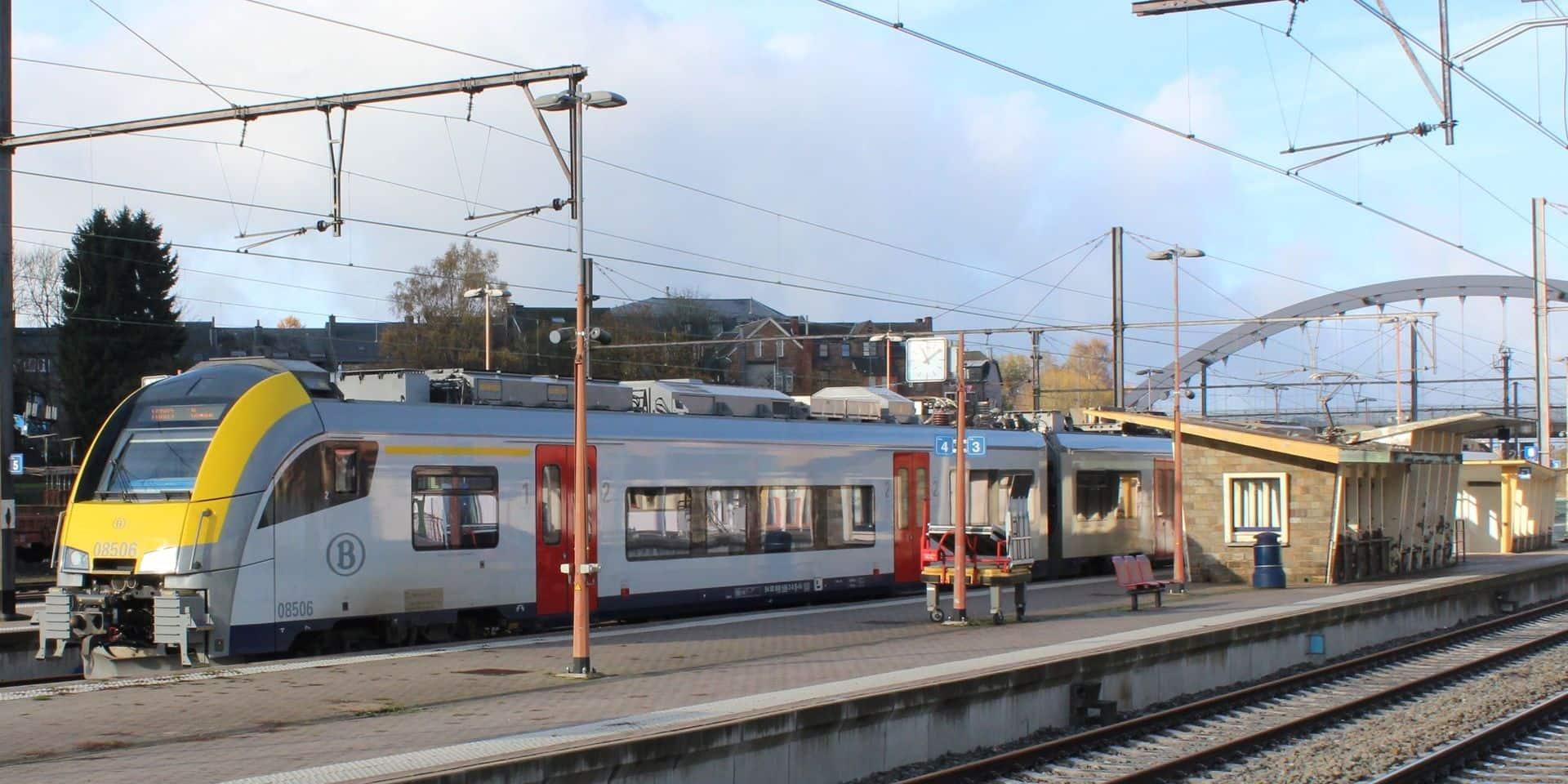 """Gare de Marloie : """"Non à un horaire réduit du guichet !"""""""