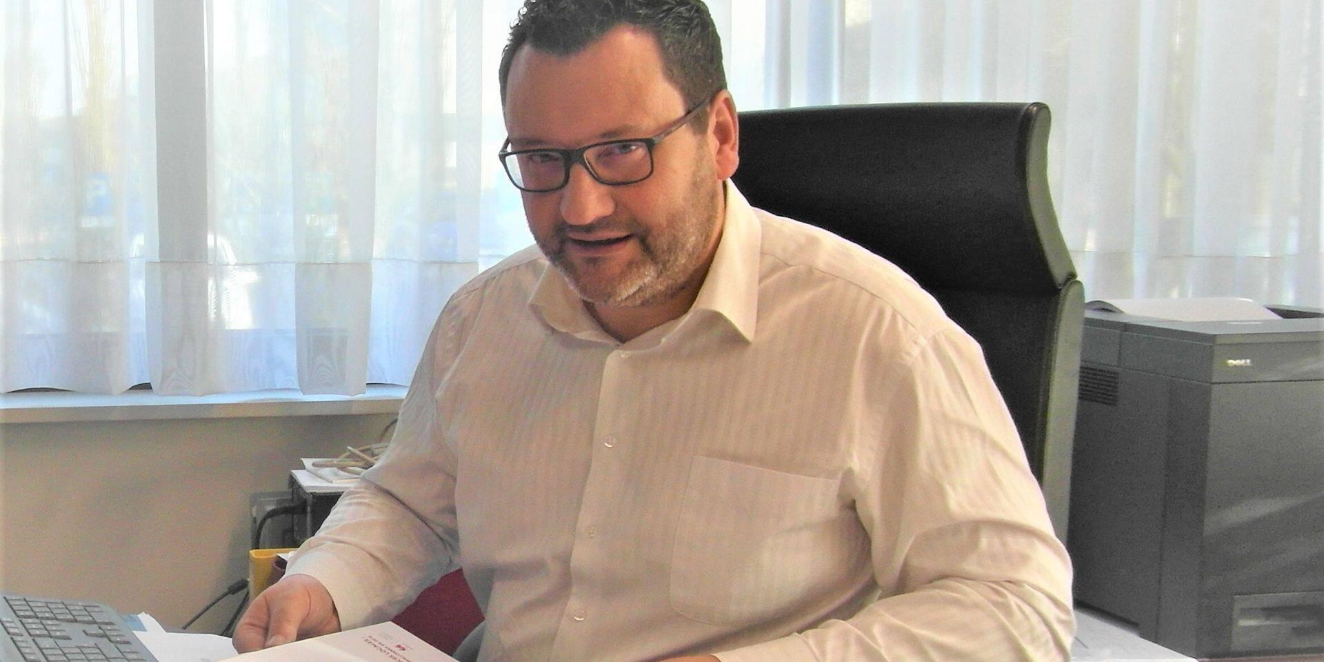 Les finances de Charleroi vont de mal en pis: 12 millions d'euros de déficit