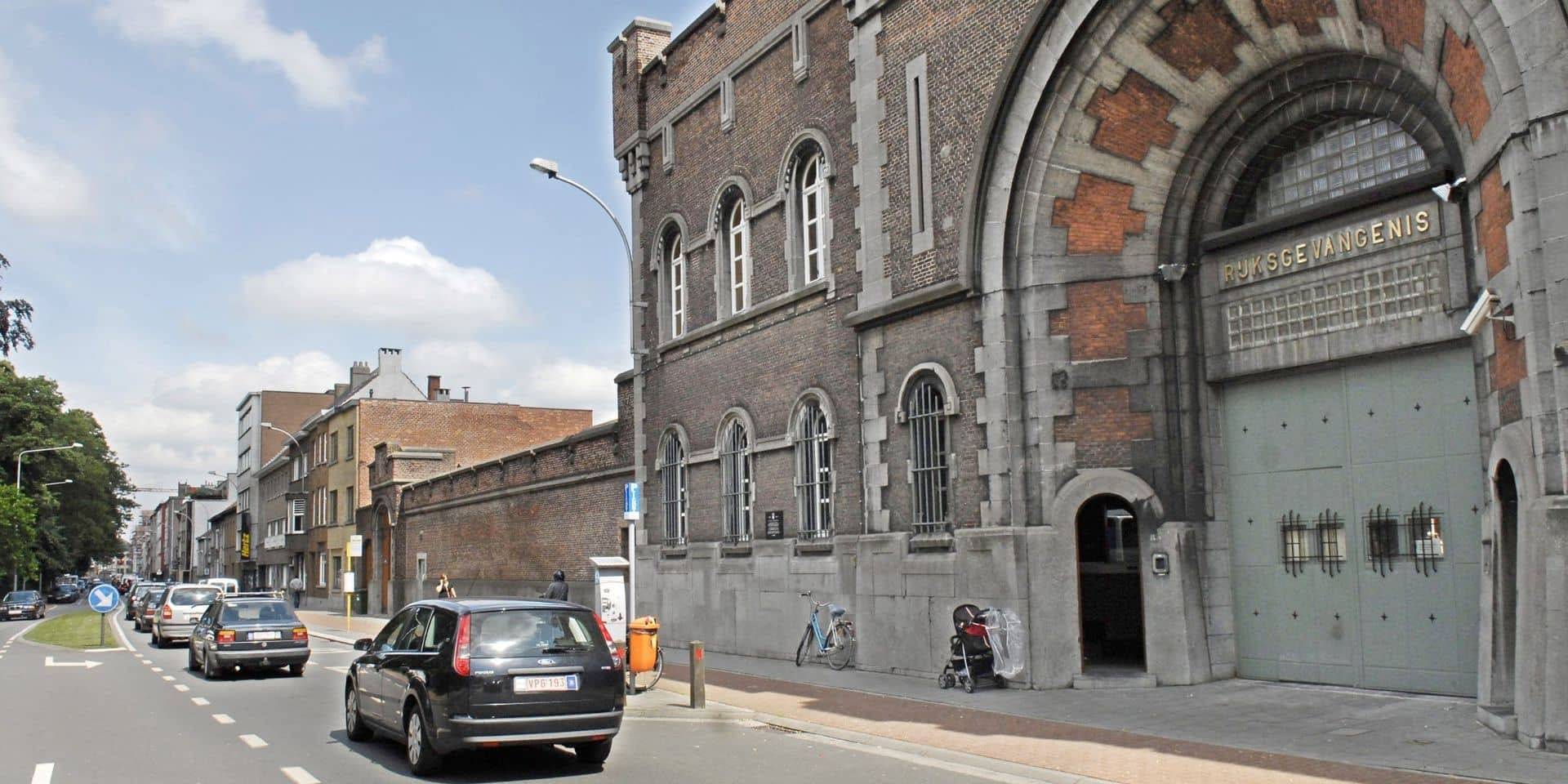 Dix membres du personnel de la prison de Gand testés positifs au Covid-19