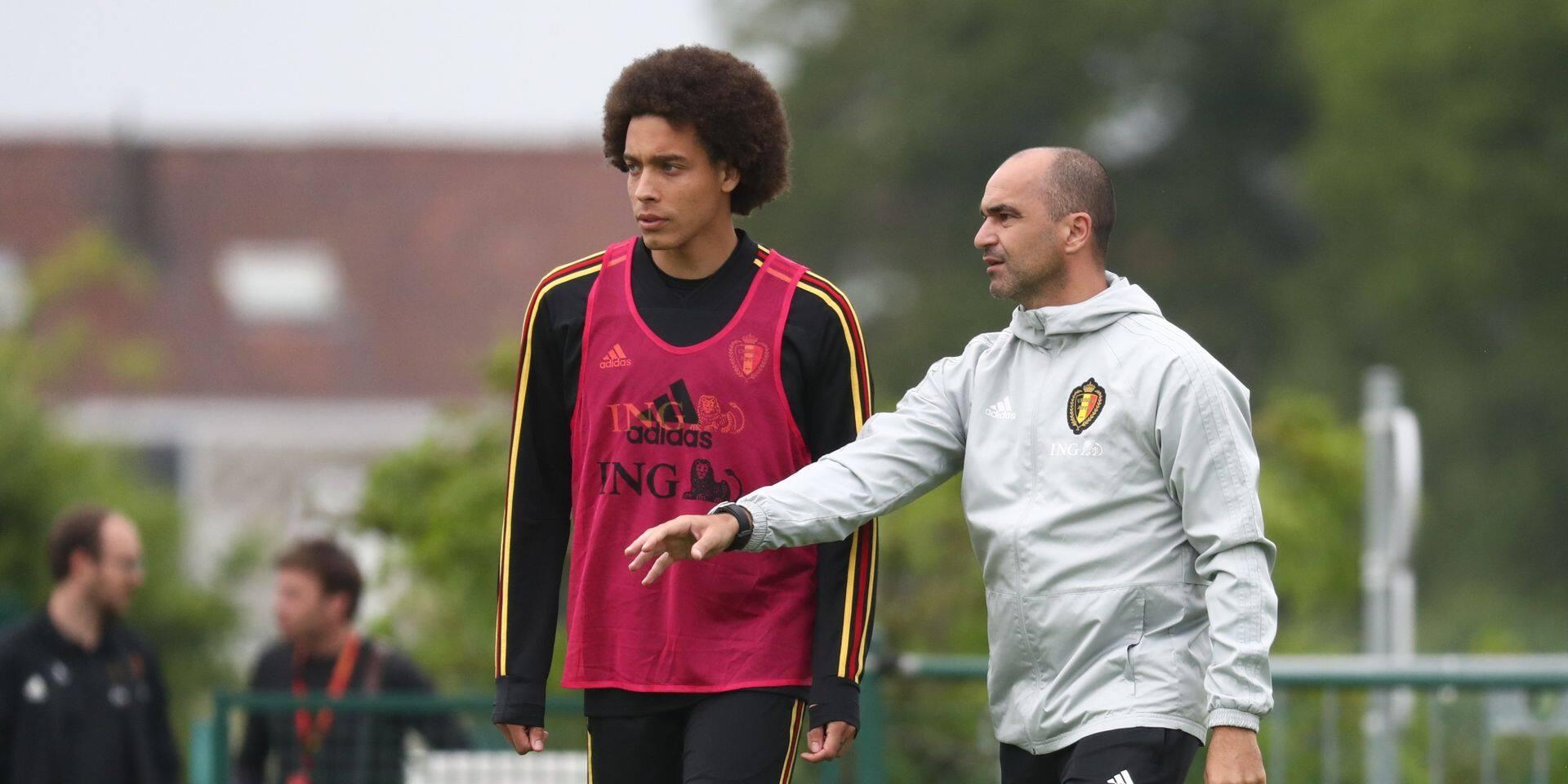 """Roberto Martinez reste positif sur les chances de Witsel d'aller à l'Euro: """"Il se remet vite"""""""