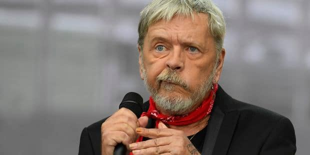 La descente aux enfers continue pour Renaud: le chanteur interné de force - La DH