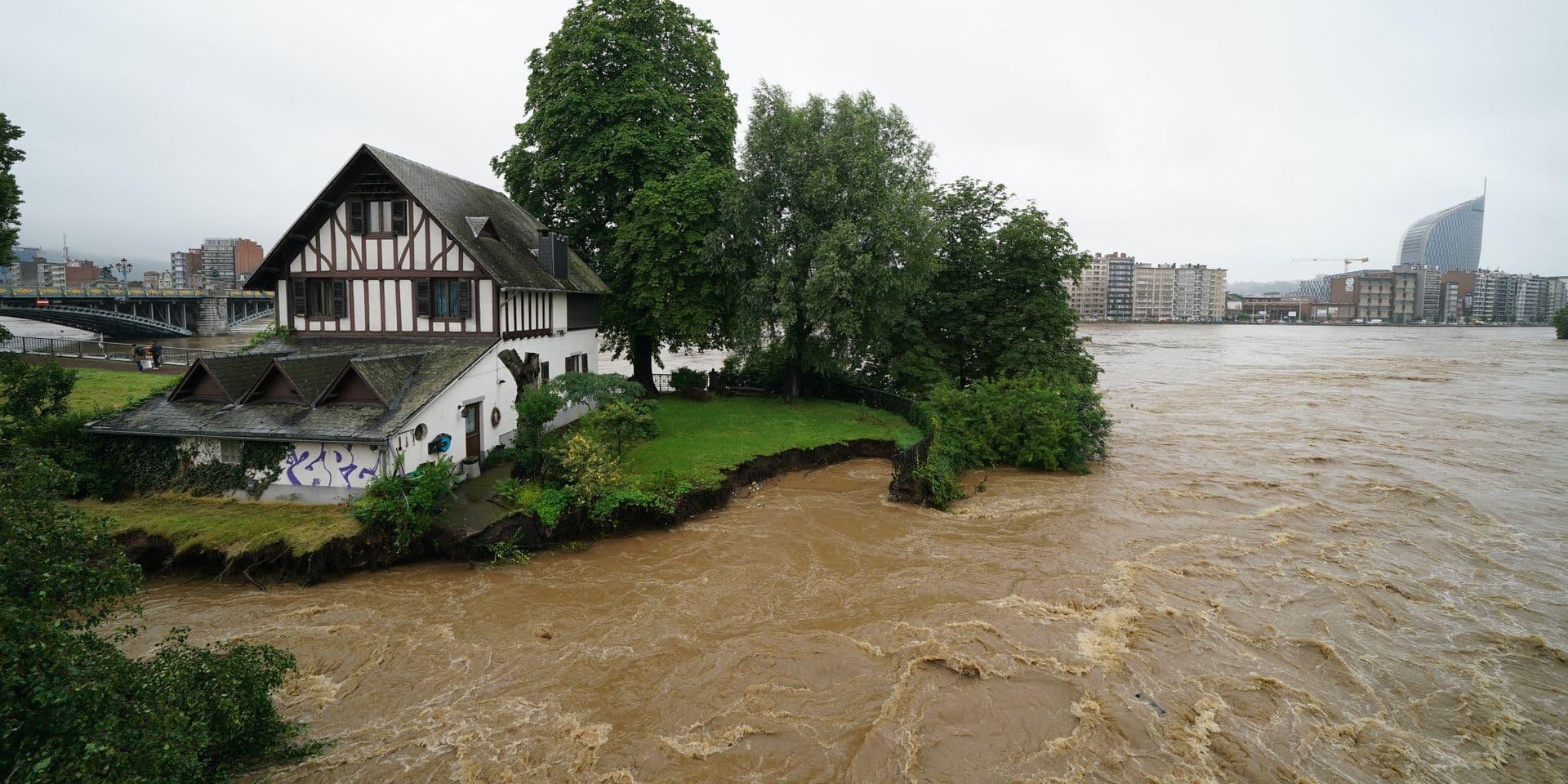 Intempéries : 900 personnes évacuées, 15 hospitalisées et un décès en Province du Luxembourg