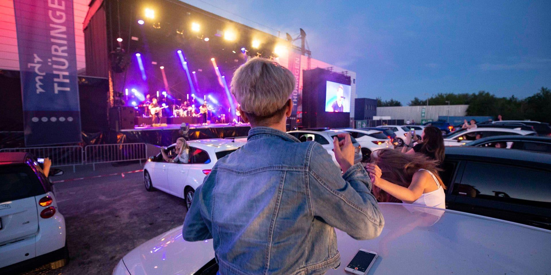 Revolverheld car concert in Erfurt