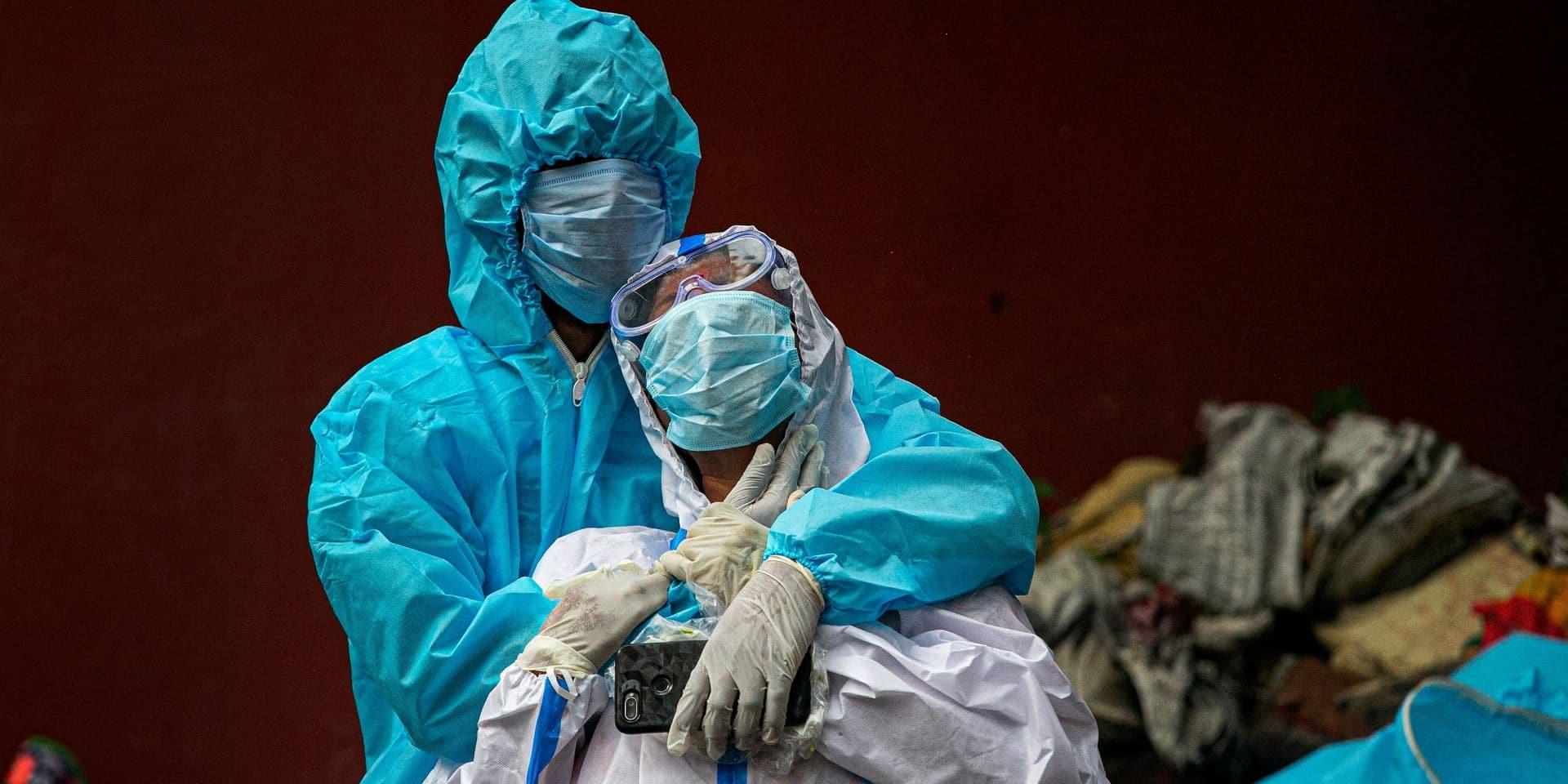 Coronavirus: plus de 100.000 décès en Inde, Paris se prépare à fermer ses bars, Madrid bouclée