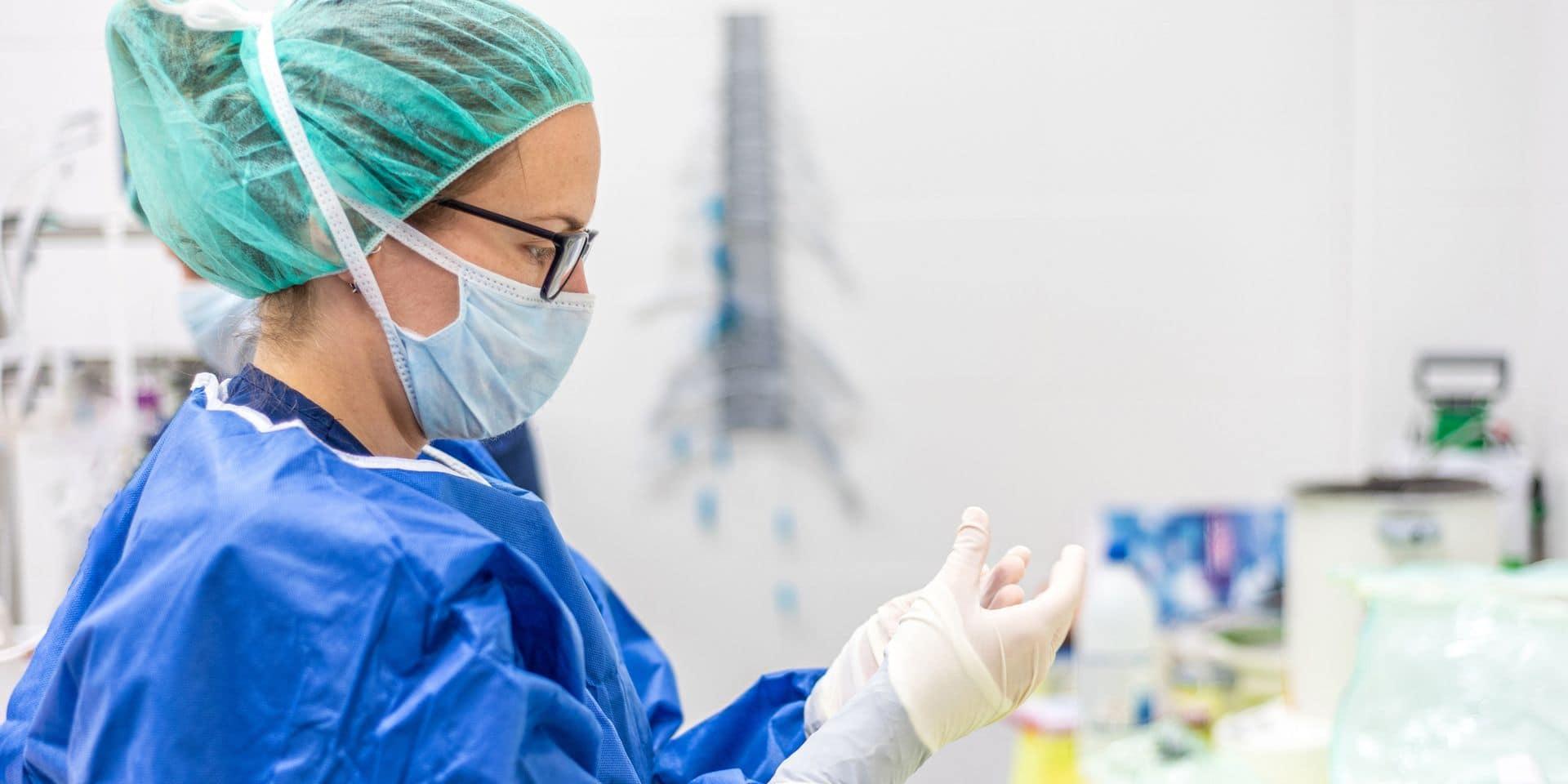 """Un arrêté royal autorise le personnel de santé non qualifié à exercer des soins infirmiers: """"une déclaration de guerre et un vrai danger pour la société"""""""