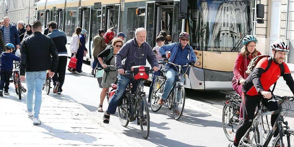 Non, le cycliste ne sera pas roi lors du Dimanche sans voiture