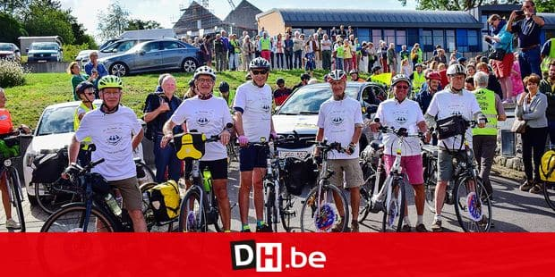 "Les ""Papys cyclistes"" a leur depart, au siege de l'Arche a Namur. on the picture regarding the Belga article ""Les ""Papys cyclistes"" se lancent dans un periple de 3.000 km pour la bonne cause"", 10/08/2019 13:43, in NAMUR. BEST QUALITY AVAILABLE - BELGA PHOTO MAXIME ASSELBERGHS"