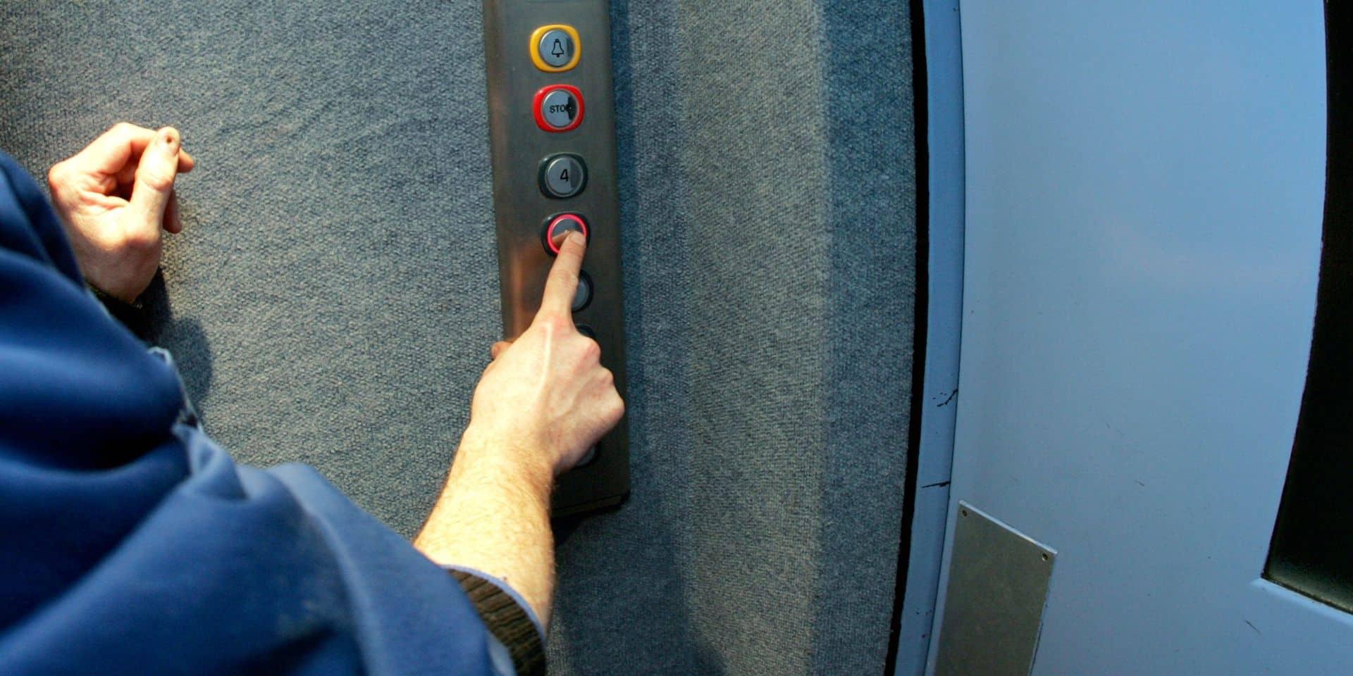 """Un ascenseur sur dix n'est pas aux normes sur la côte belge, """"ils peuvent vraiment représenter un danger"""""""