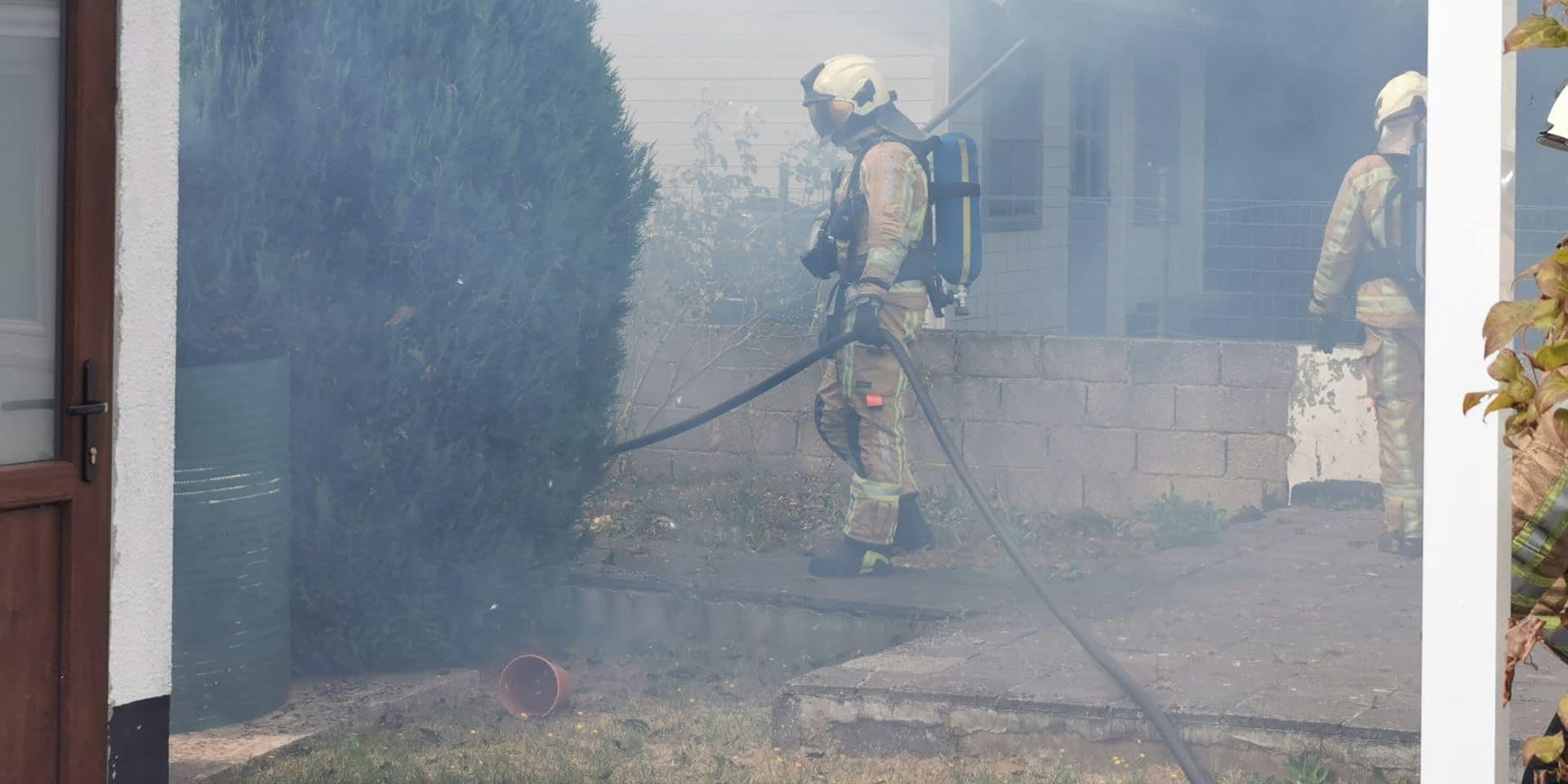 Incendie dans une remise à Viesville