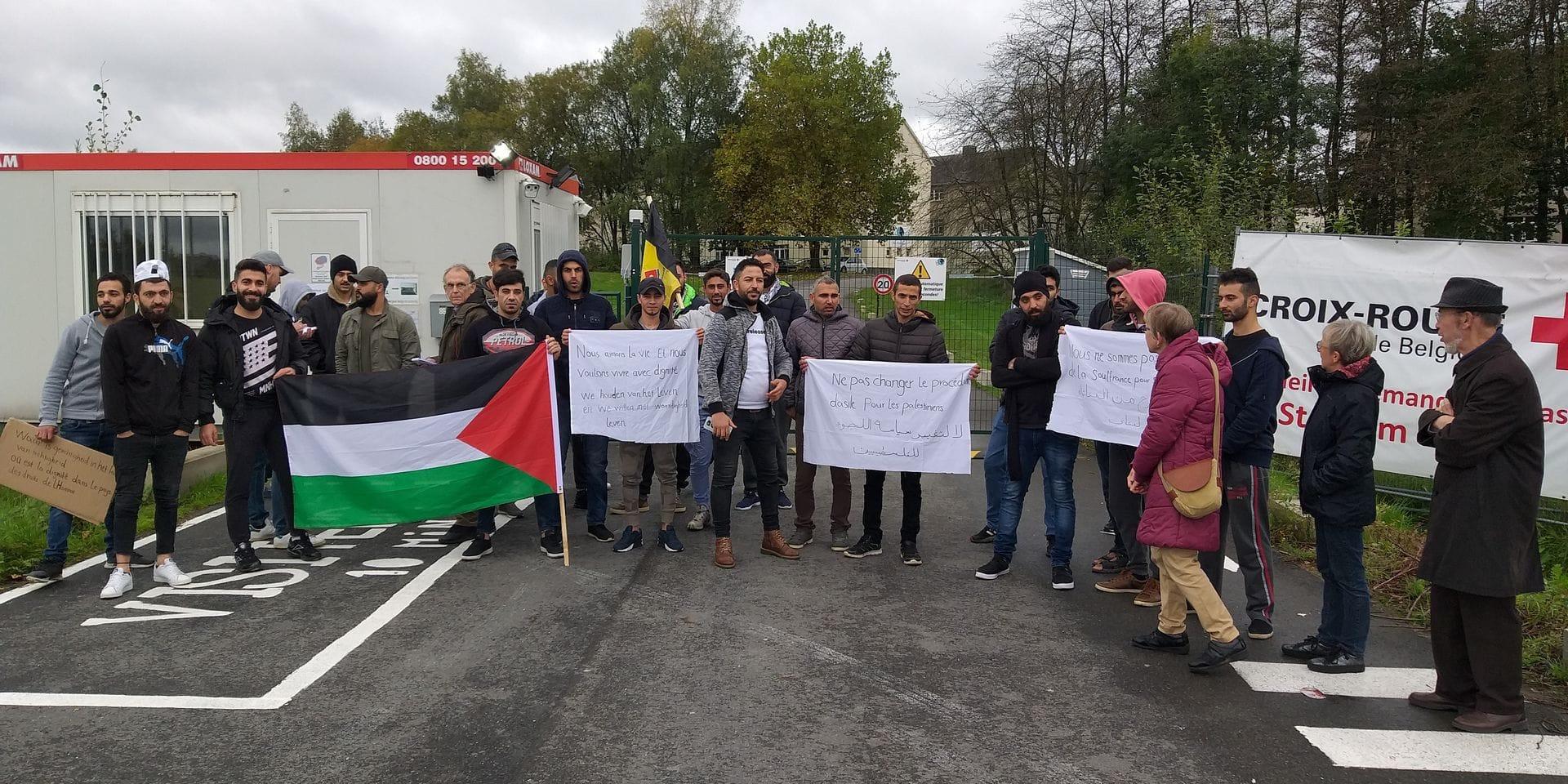 Manifestation d'une vingtaine de Palestiniens à Stockem