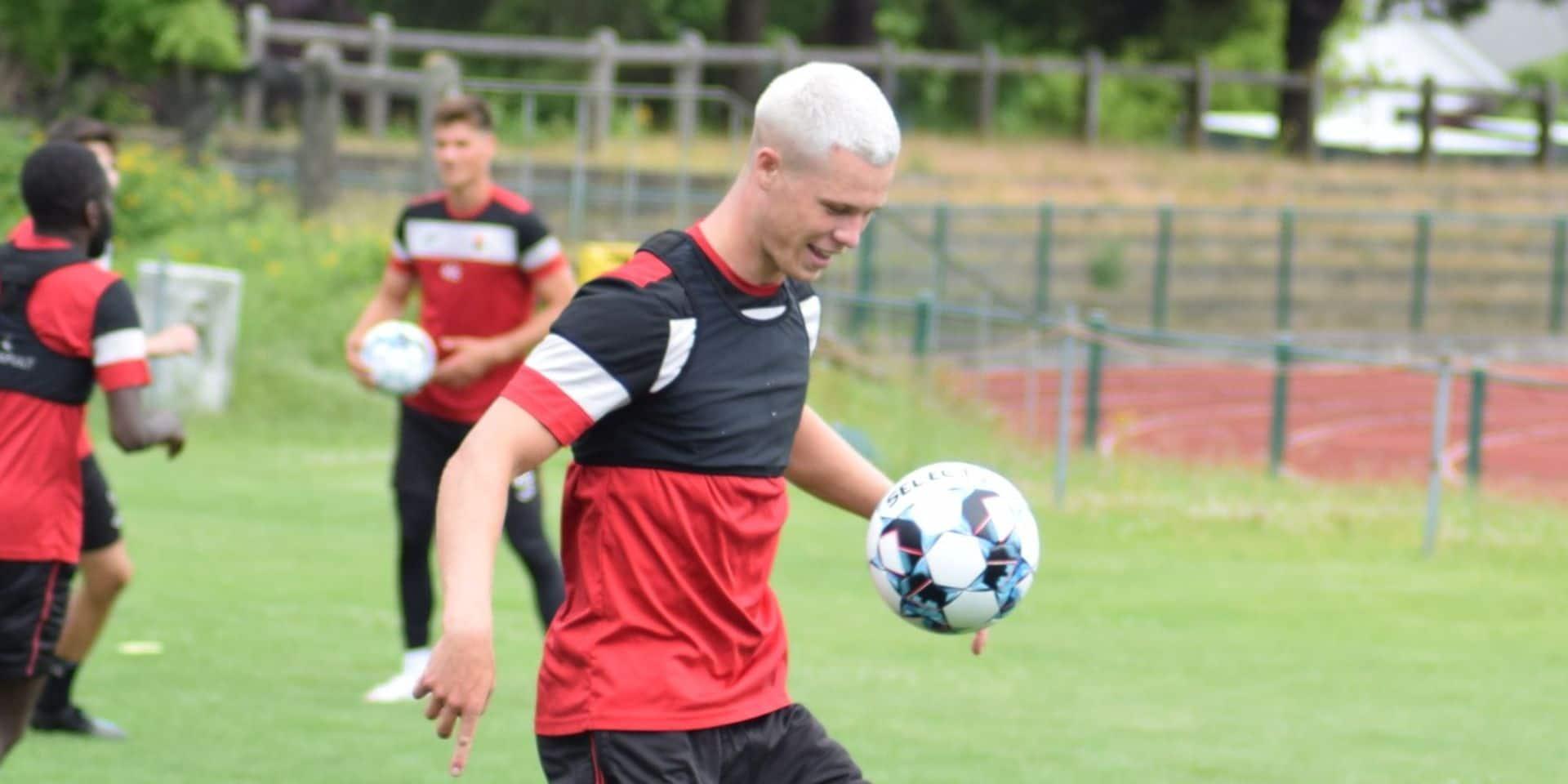 """Théo Gécé (Charleroi), première arrivée au stade Machtens: """"Le RWDM peut être un bon tremplin"""""""