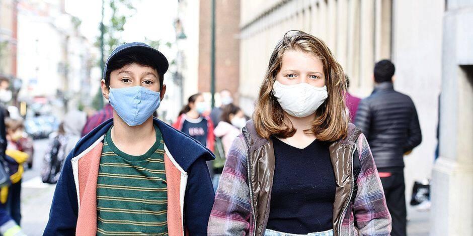 """Ambiance à la sortie de cette première journée d'école : """"Le masque ? On ne le remarque même plus"""""""
