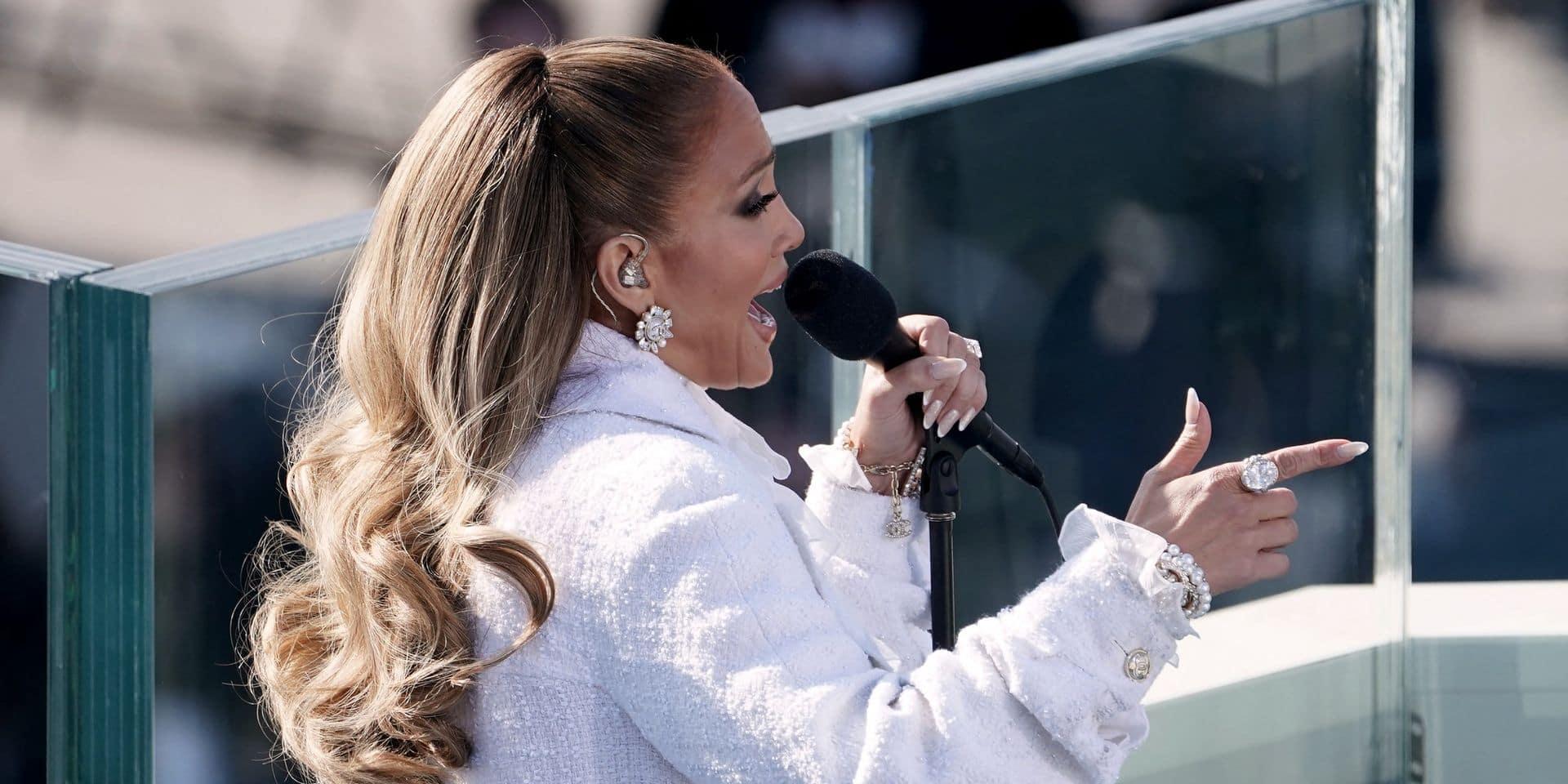 Jennifer Lopez ne ressemble plus à ça (et ça lui va étonnamment bien)