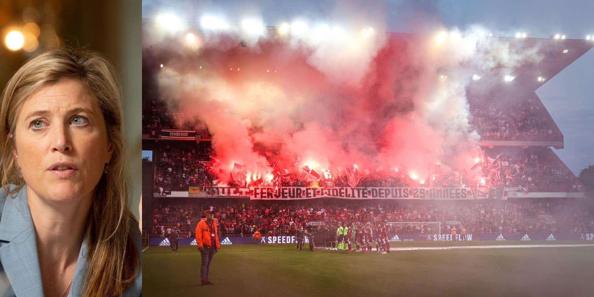 """Fumigènes interdits dans nos stades : la colère des supporters, """"la ministre surestime leur danger"""""""