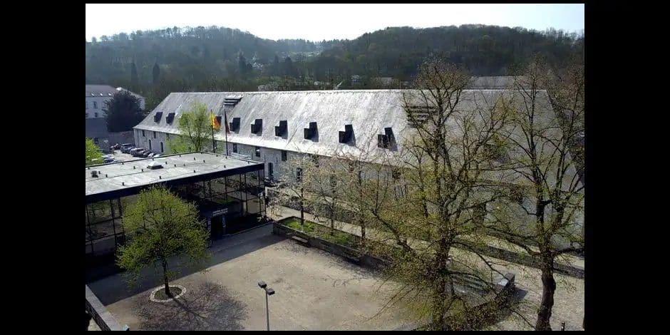 Namur : soutien des étudiants aux 17 travailleurs du restaurant universitaire qui vont perdre leur emploi