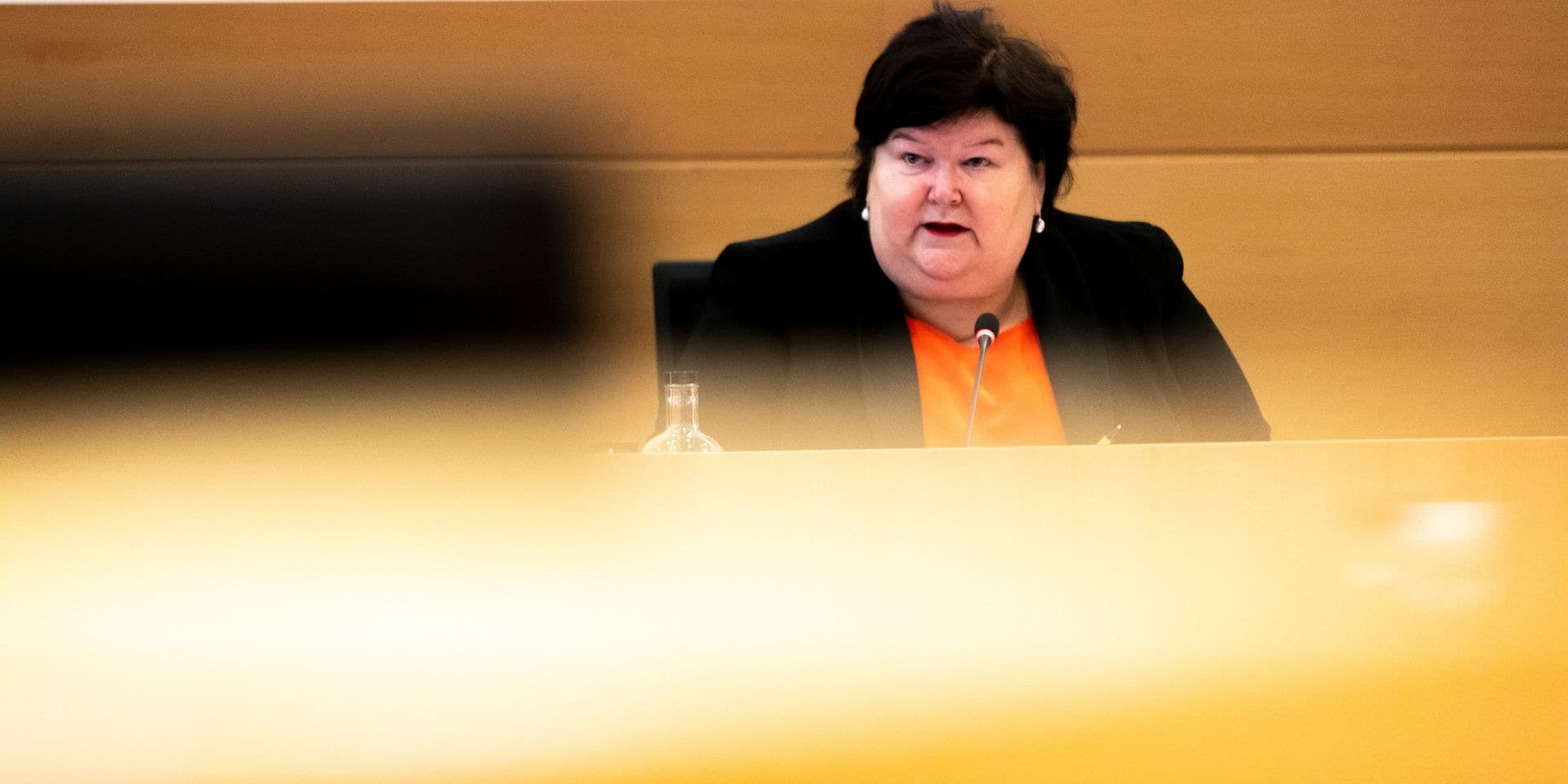 """Maggie De Block admet des défaillances dans la gestion de la crise: """"Je ne crois pas qu'un bateau prenne la mer avec neuf capitaines"""""""
